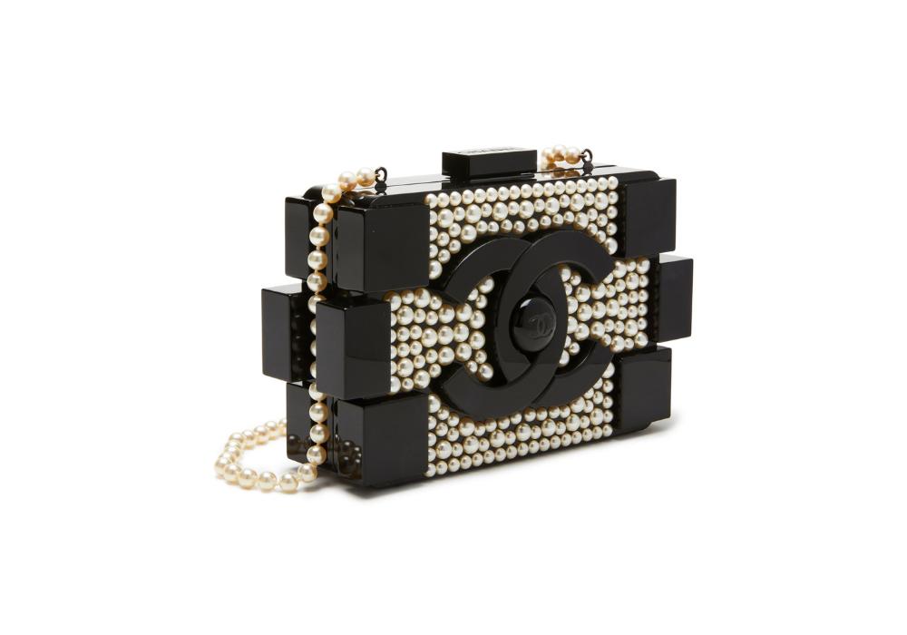 Chanel kabelka Pearl Lego Clutch