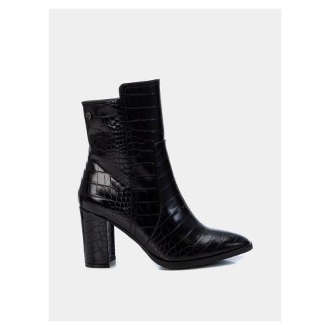 Čierne dámske členkové topánky s krokodýlím vzorom Xti