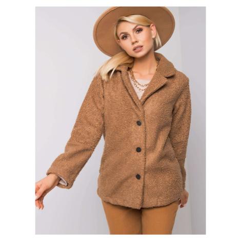 Béžový kabát z ekologickej kožušiny