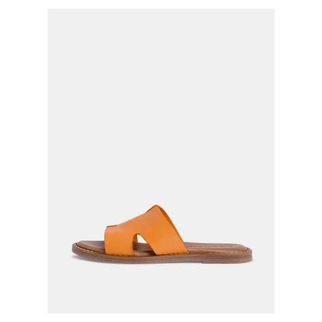 Oranžové kožené šľapky Tamaris