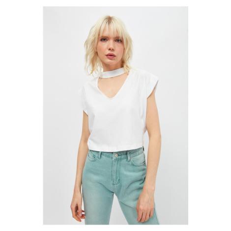 Trendyol White Choker Collar Sleeveless Crop Knitted T-Shirt