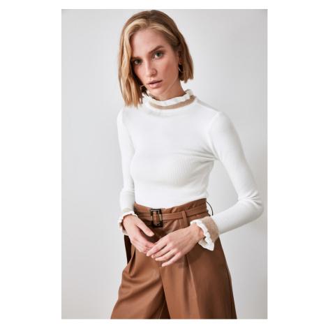 Trendyol Ekru Knitwear Sweater