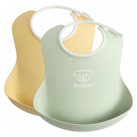 BABYBJÖRN Baby podbradníky 2 ks púdrovozelený/púdrovoružový