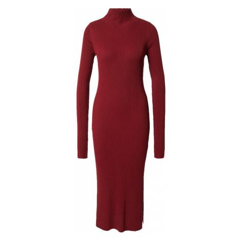 NU-IN Pletené šaty  burgundská