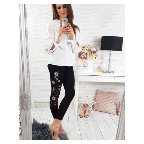 Čierne dámske nohavice s vyšívanými kvetmi vuy0078