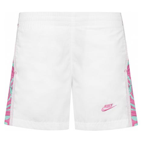 Dievčenské športové šortky Nike