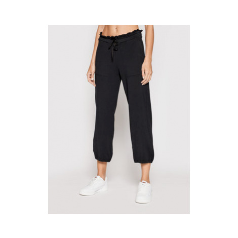 Deha Teplákové nohavice Cropped B44055 Čierna Relaxed Fit