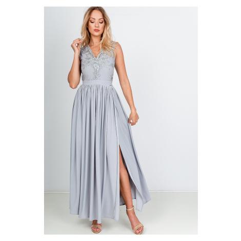 Dlhé spoločenské šaty sivej farby