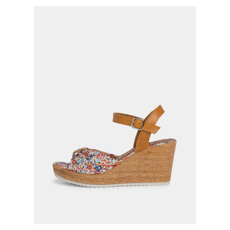 Tamaris farebné topánky na kline