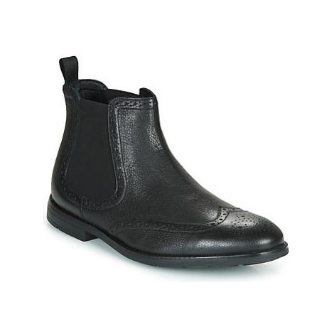 Pánske Chelsea boots Clarks