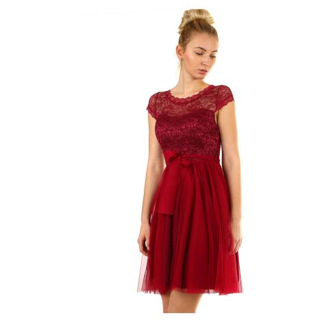 Plesové šaty s čipkou