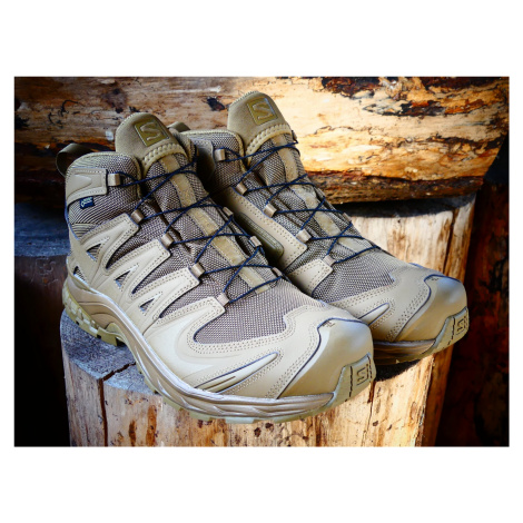 Pánske trekové a outdoorové topánky