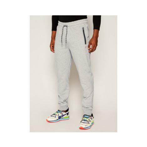 Guess Teplákové nohavice Adam M0YB37 K7ON0 Sivá Regular Fit