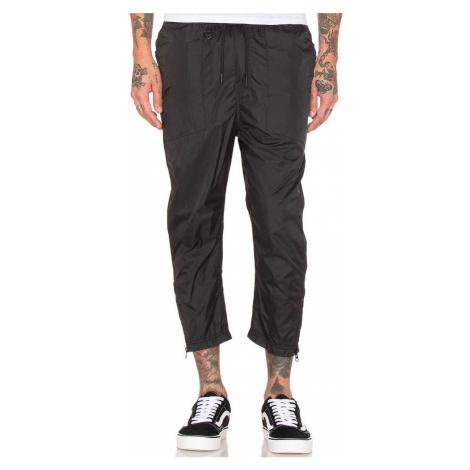 Čierne nohavice – DARIO Publish