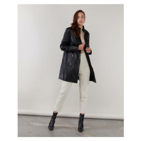 Dámsky čierny kožený kabát KARA