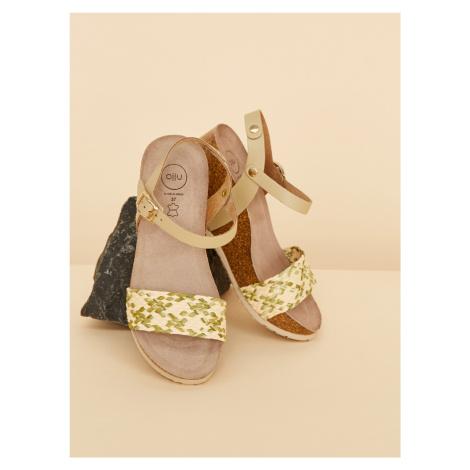 OJJU béžové sandále na kline