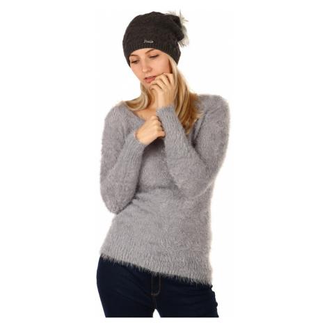 Zimná dámska čiapka s brmbolcom