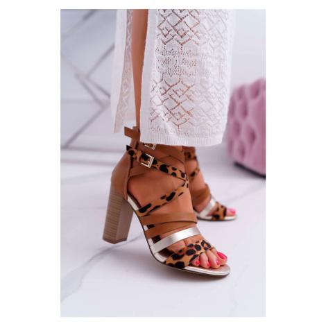 Sandále v hnedej farbe