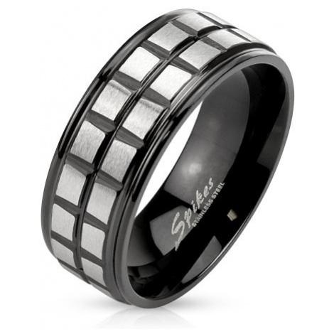 Čierny oceľový prsteň, dve línie z matných štvorcov striebornej farby - Veľkosť: 67 mm