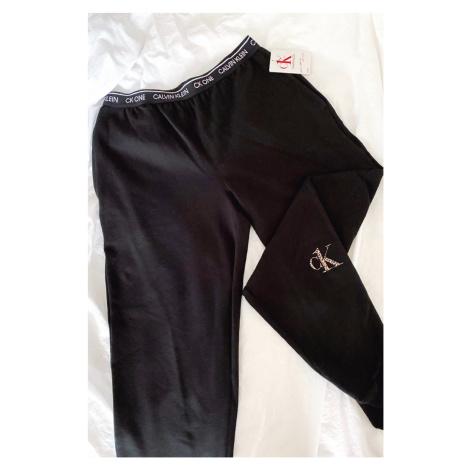 Calvin Klein CK ONE tepláky dámske - čierne Veľkosť: S