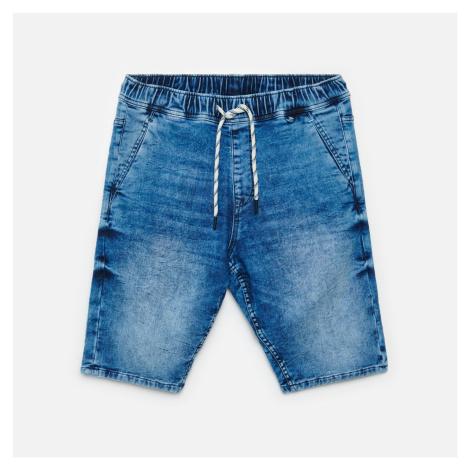 Cropp - Denimové joggerové šortky - Modrá