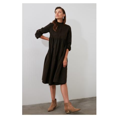 Dámske šaty Trendyol Wide Cut