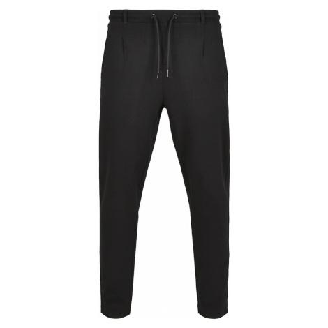 Urban Classics Plisované nohavice  čierna