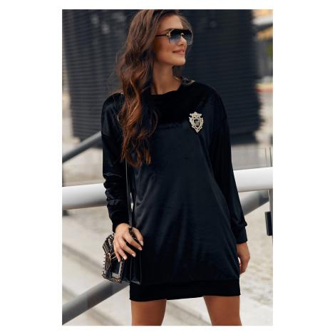 Čierne zamatové šaty s dlhým rukávom NU302 Numinou
