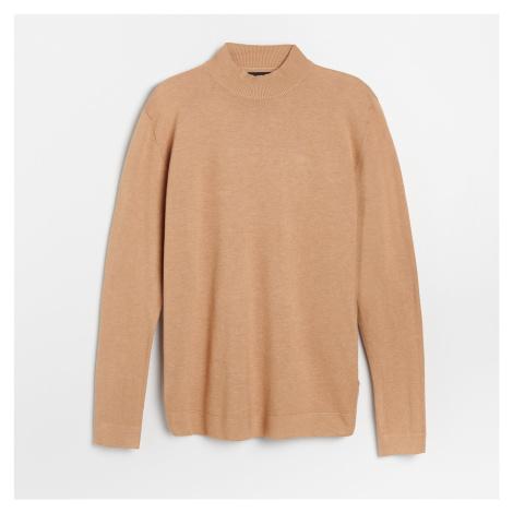 Reserved - Hladký sveter so stojačikom - Béžová