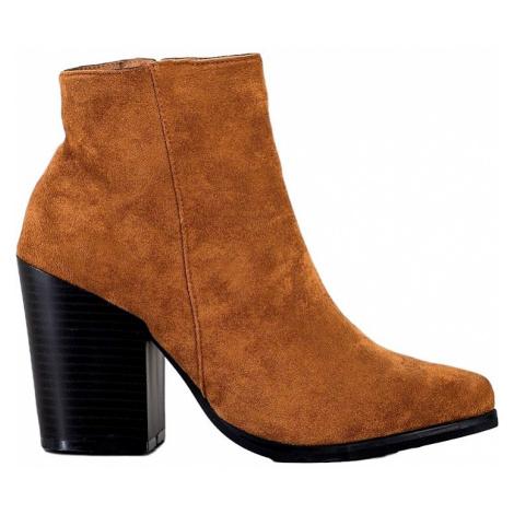 Hnedé semišové členkové topánky na podpätku MARQUIZ