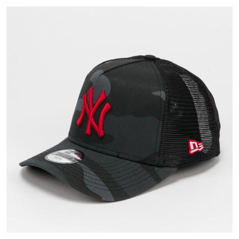 New Era 940K Trucker MLB Kids Camo NY camo čierna
