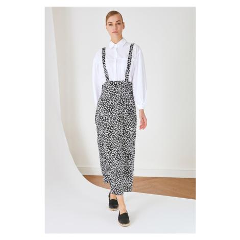 Rovné sukne Trendyol