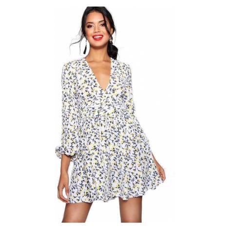 Nariasené kvetinové mini šaty Evelle Boohoo