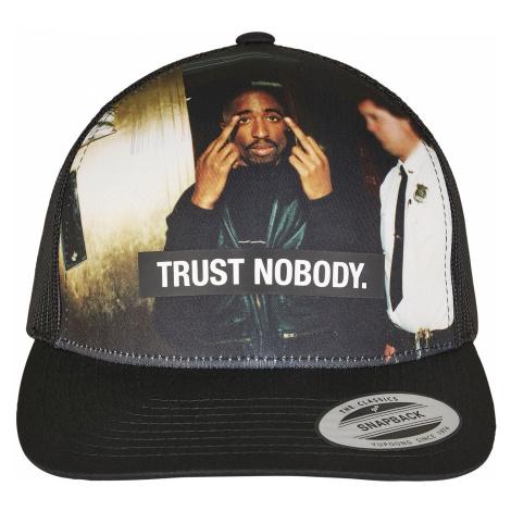 MR.TEE Šiltovka Tupac Trust Nobody Retro Trucker Farba: Čierna, Pohlavie: pánske