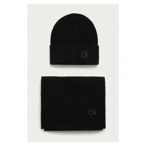 Calvin Klein - Čiapka a šál