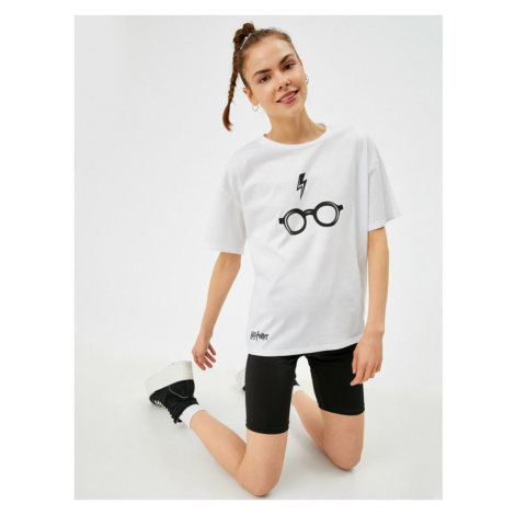 Koton Women's White Harry Potter Licensed Cotton T-Shirt