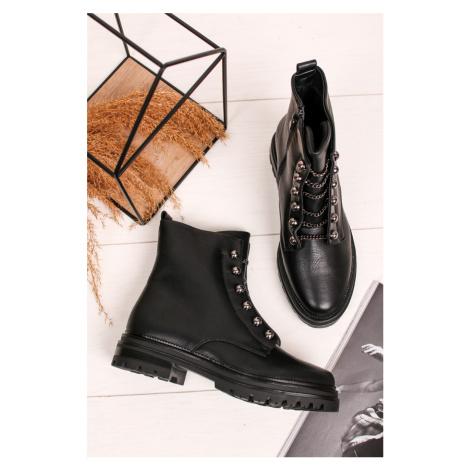 Čierne členkové topánky s retiazkami Ermis Bestelle
