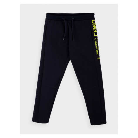 Chlapčenské teplákové nohavice 4F
