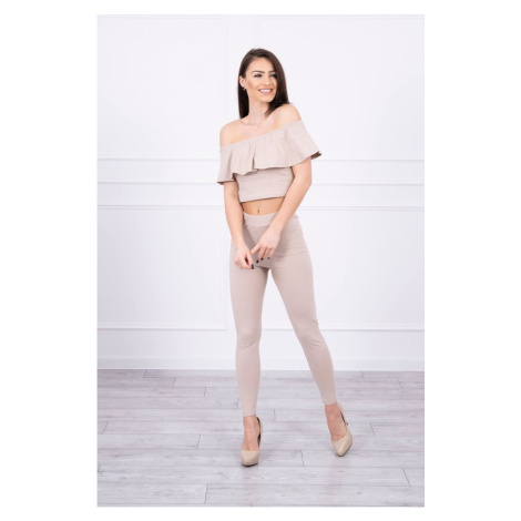 Set with a frill beige