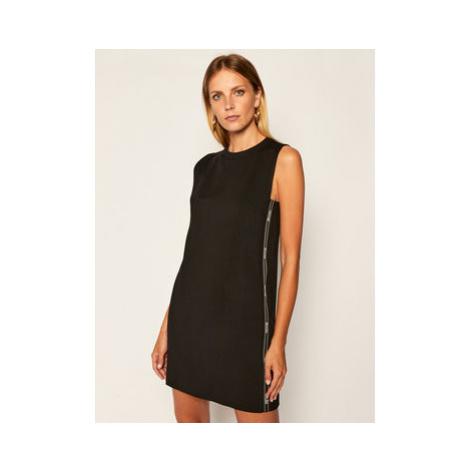 Versace Jeans Couture Úpletové šaty D2HZA437 Čierna Regular Fit