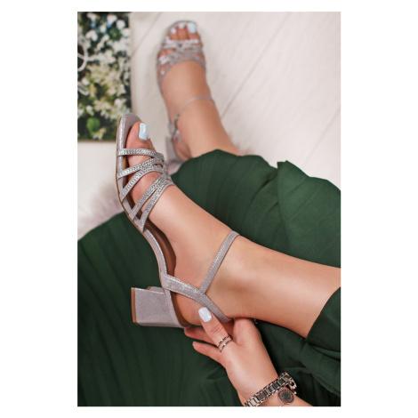 Strieborné sandále Albisano Menbur