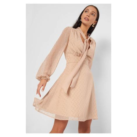 Šaty s lesklými bodkami Orsay