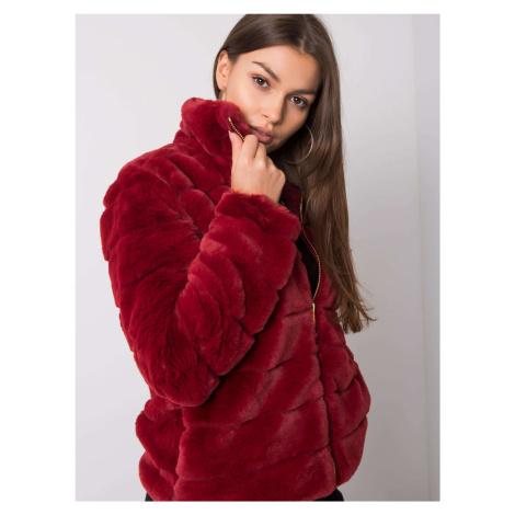 Tmavočervená dámska kožušinová bunda