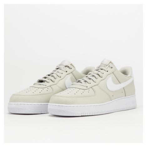 Nike Air Force 1 '07 light bone / white