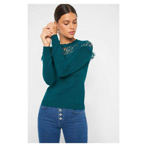 Obtiahnutý sveter s čipkou Orsay