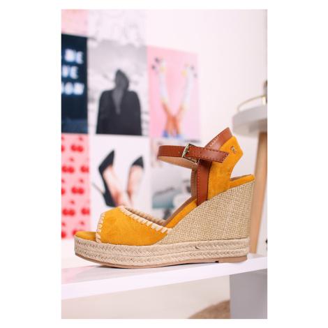 Žlté platformové sandále 69561 Refresh