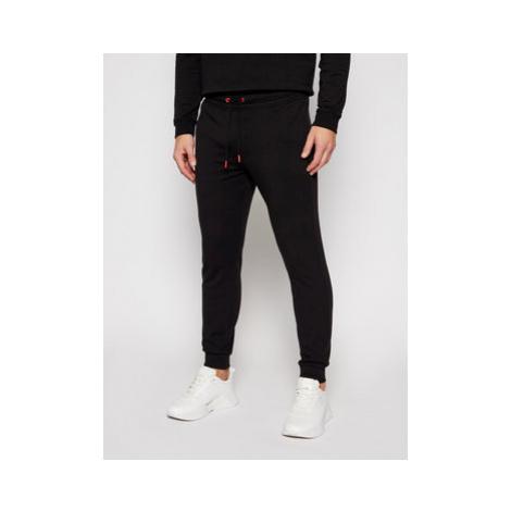 Guess Teplákové nohavice M0BB37 K7ON1 Čierna Slim Fit