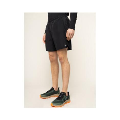 Nike Športové kraťasy Challenger AJ7741 Čierna Standard Fit