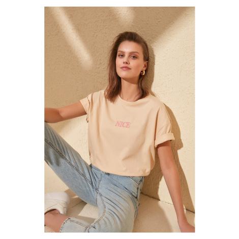 Trendyol Camel Embroidered Boyfriend Knitted T-Shirt