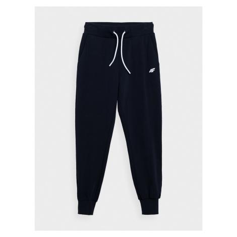 Dámske športové oblečenie 4F